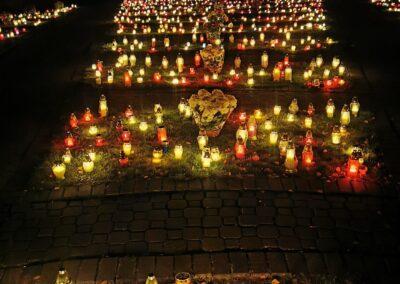 Cmentarz Parafialny w Łęczycy_kwatera poległych żołnierzy