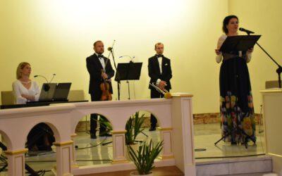 Koncert w Sanktuarium Urodzin i Chrztu św. Faustyny w Świnicach Warckich