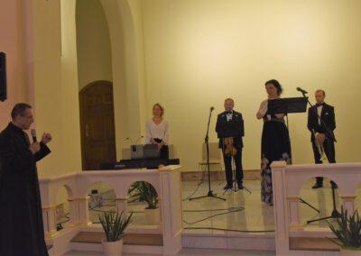 Koncert w Świnicach Warckich